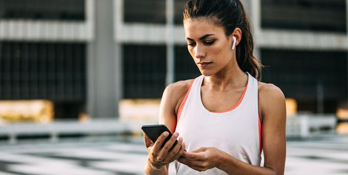 woman-using-smartphone